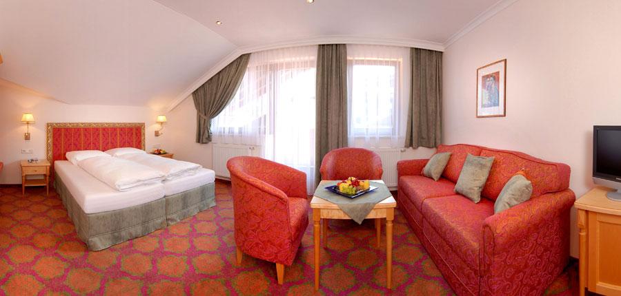 Hotel Garni Strass, Mayrhofen, Austria - Bedroom suite.jpg